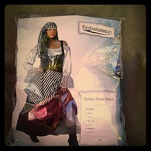 Plus 3X Deluxe Modest Pirate Wench Fun Costume
